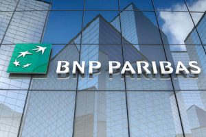 BNP Paribas także podnosi marże